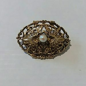 Vintage 1960s Tacoa Gold and Pearl Filigree Brooch